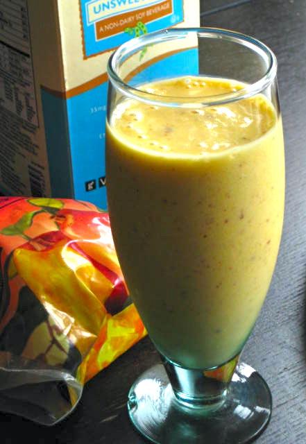 Mango-Banana Drink in a Glass